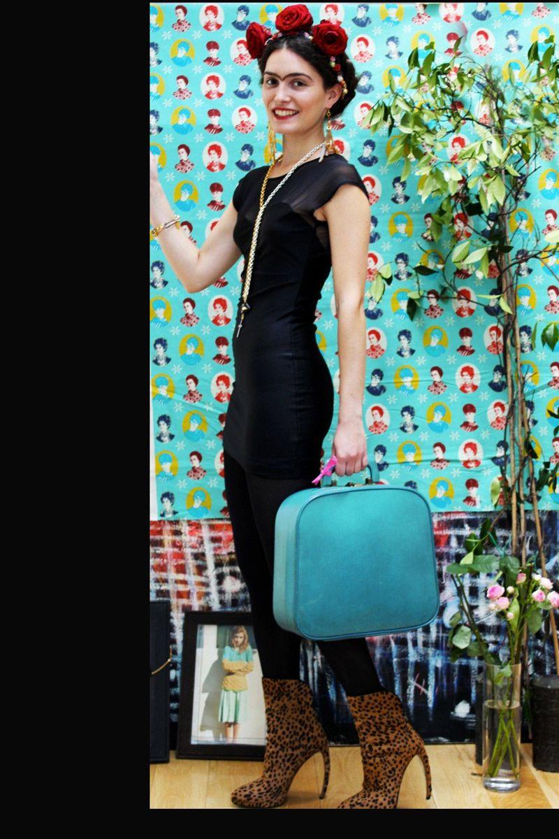 frida kahlo viva la vida frida kahlo la mode and vogue spain. Black Bedroom Furniture Sets. Home Design Ideas