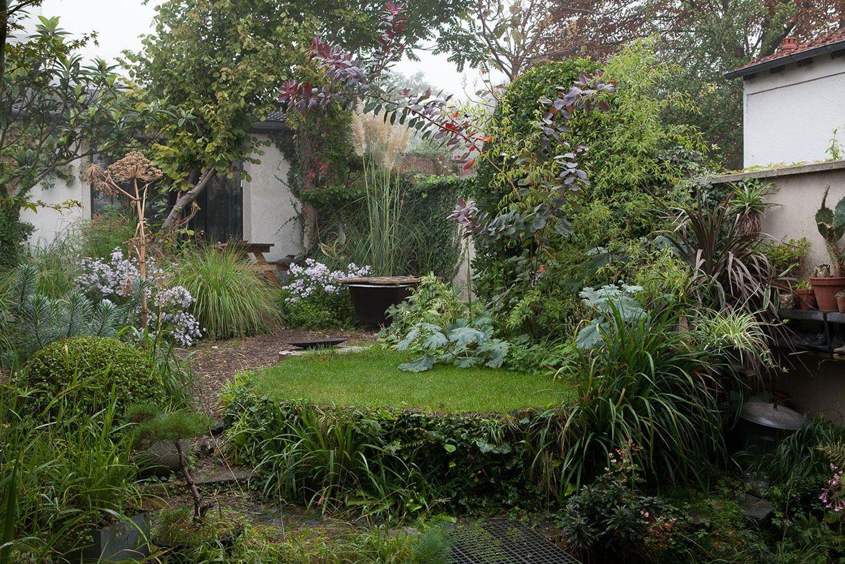 Un petit jardin de ville écologique et apaisant | Petit jardin de ...