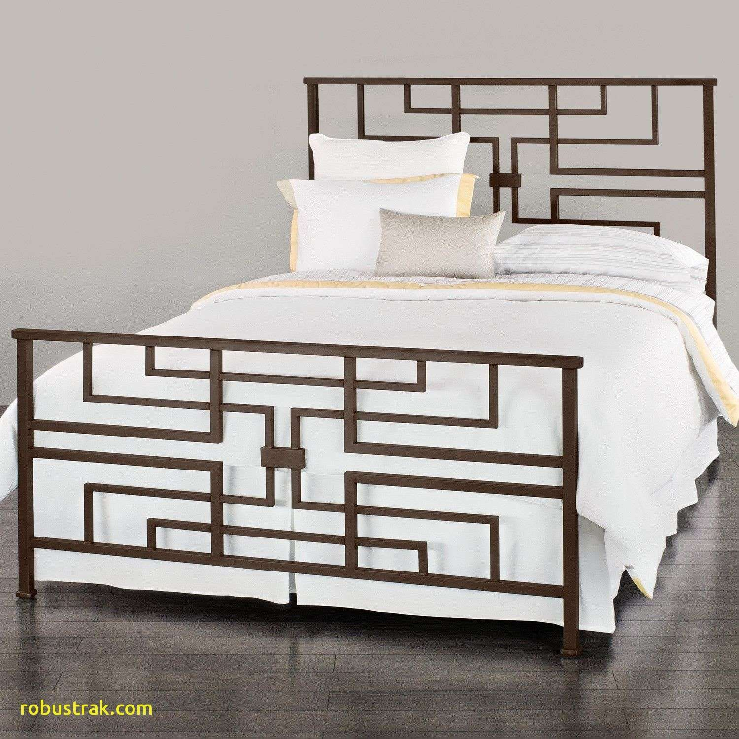 New Wrought Iron Bedroom Furniture Homedecoration Homedecorations Homedecorationideas Homedecorationtrends Homedec Iron Bed Wrought Iron Beds Bed Decor