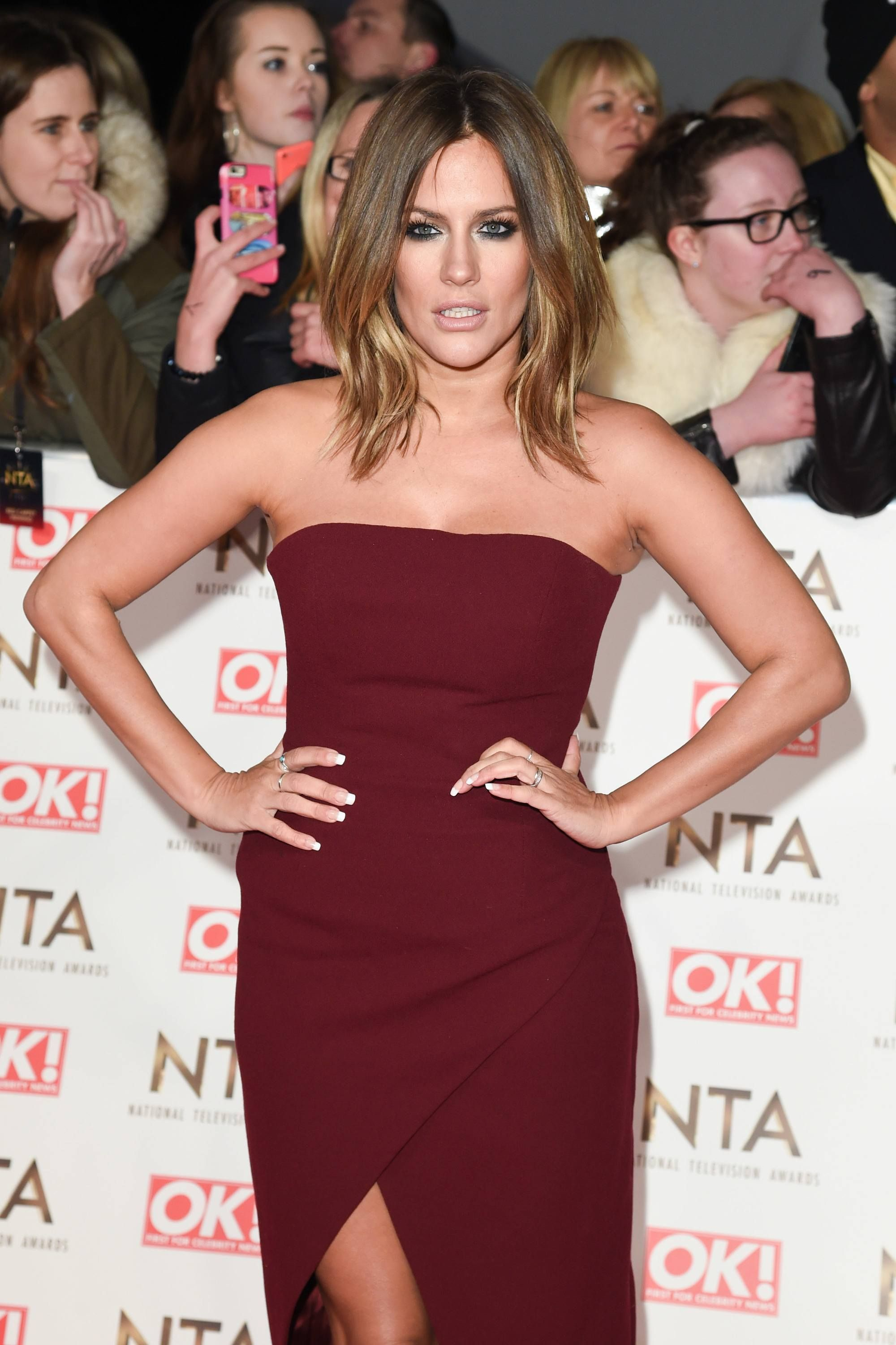 e53dc51ba39 Love Island host Caroline Flack just unveiled a dramatically shorter bob  hair cut. If you re yet to see her new  do