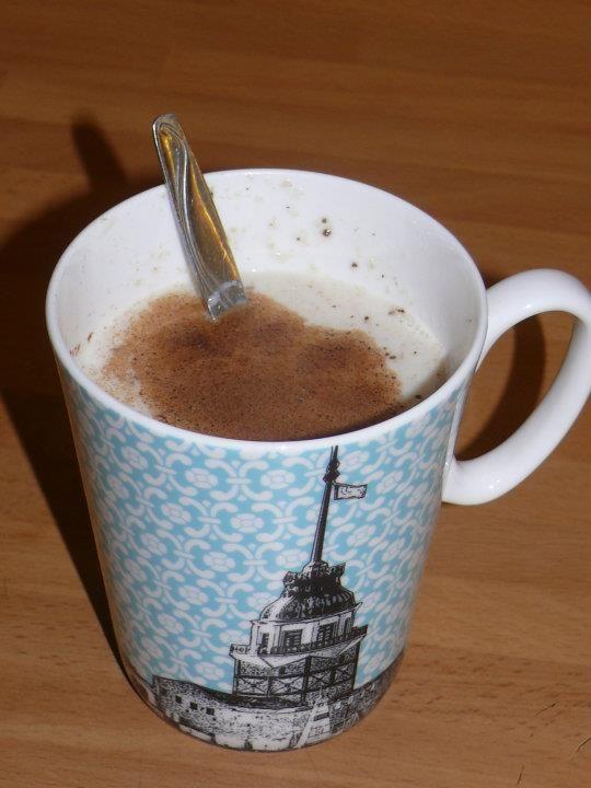 Dukan diyetine uygun salep    1 fincan yağsız süt  1,5 yemek kaşığı yulaf kepeği  Dilediğiniz kadar tatlandırıcı  üzeri için biraz tarçın    klasip salep hazırlama yöntemiyle kaynatıp içiyoruz.  kış akşamları ve acil tatlı krizleri için ideal...  Afiyet olsun...