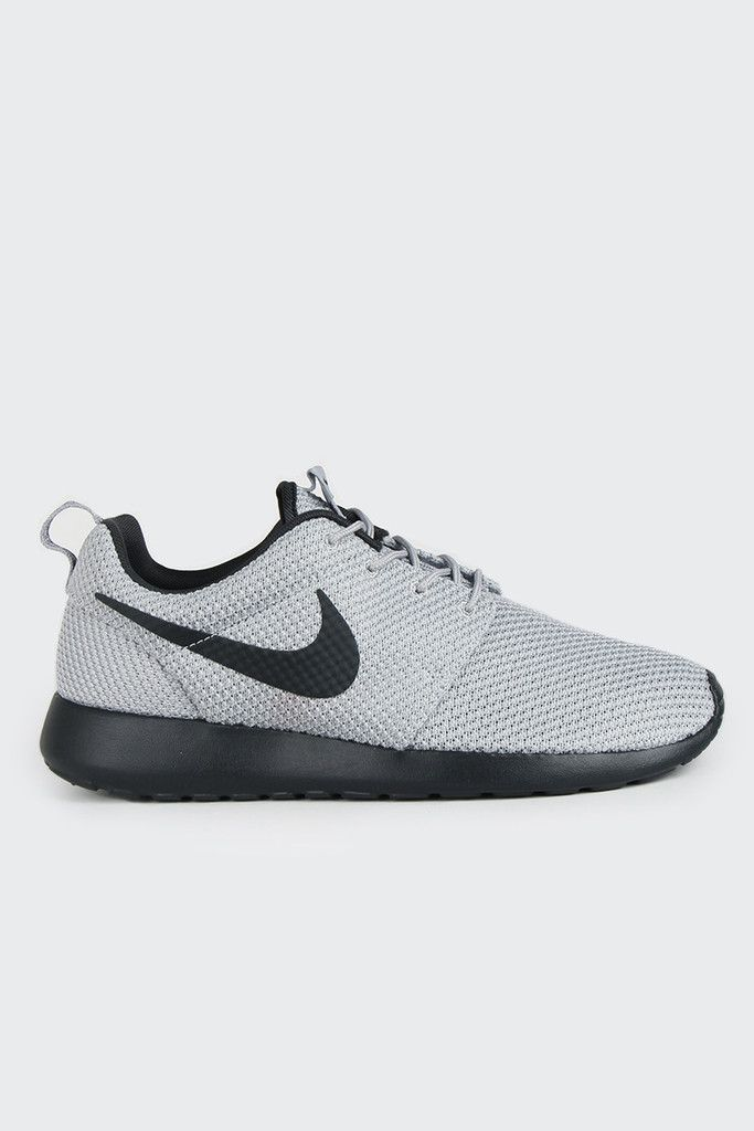 grey nike roshes with black swoosh nz