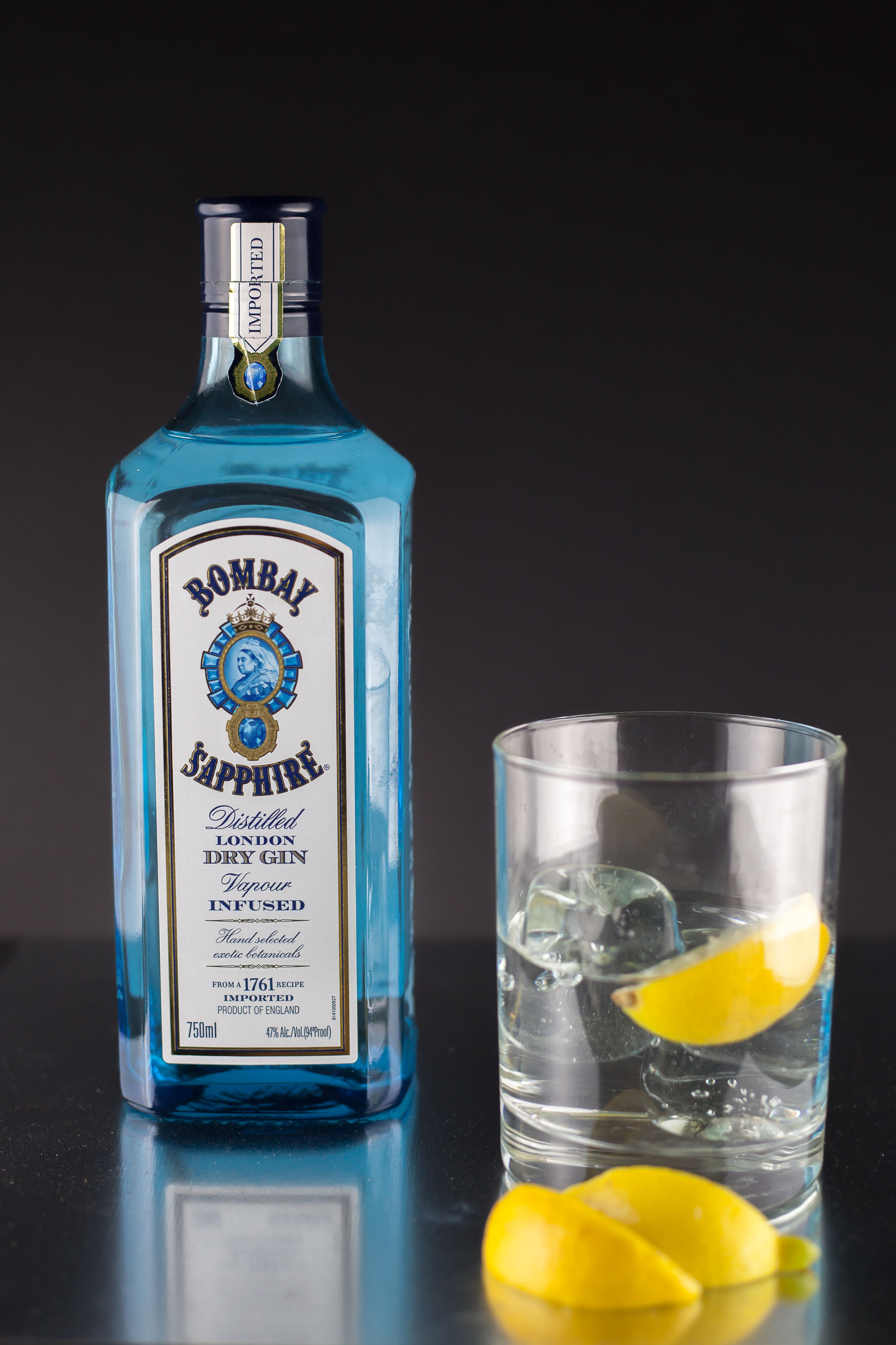 Bombay Sapphire GIn | Alcohol Product Photography | Bombay