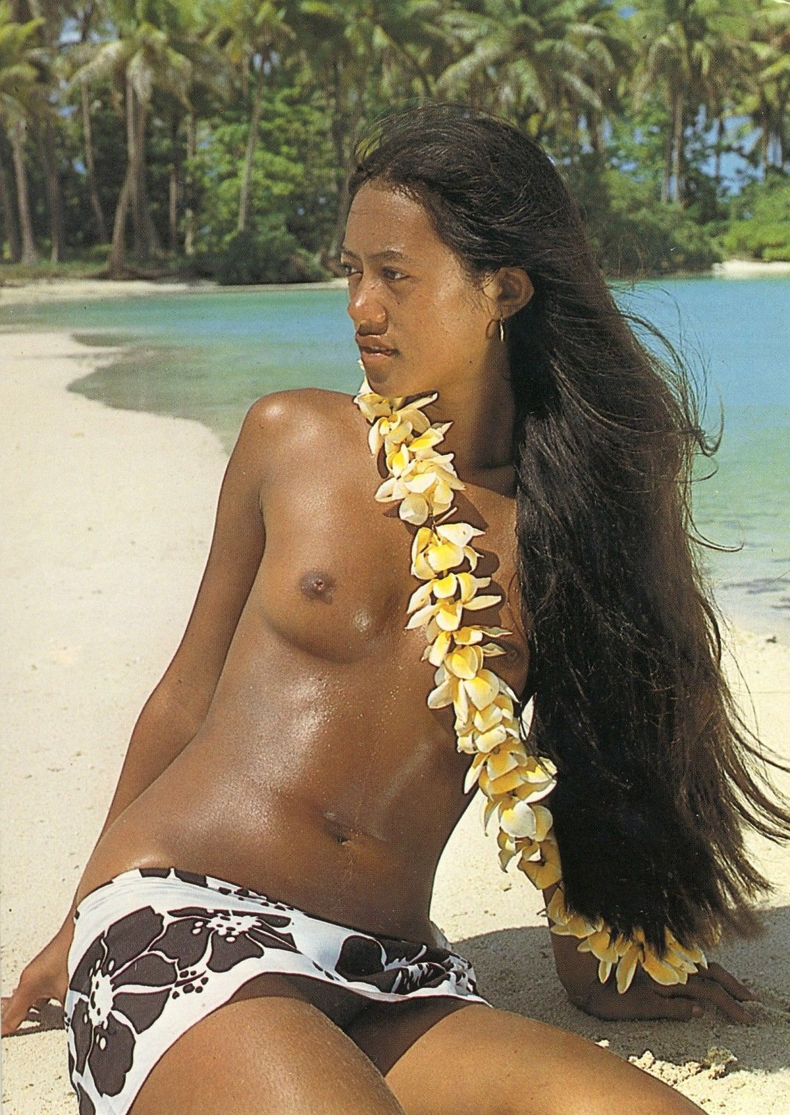 Stripping nude in this hot hawaiian weather