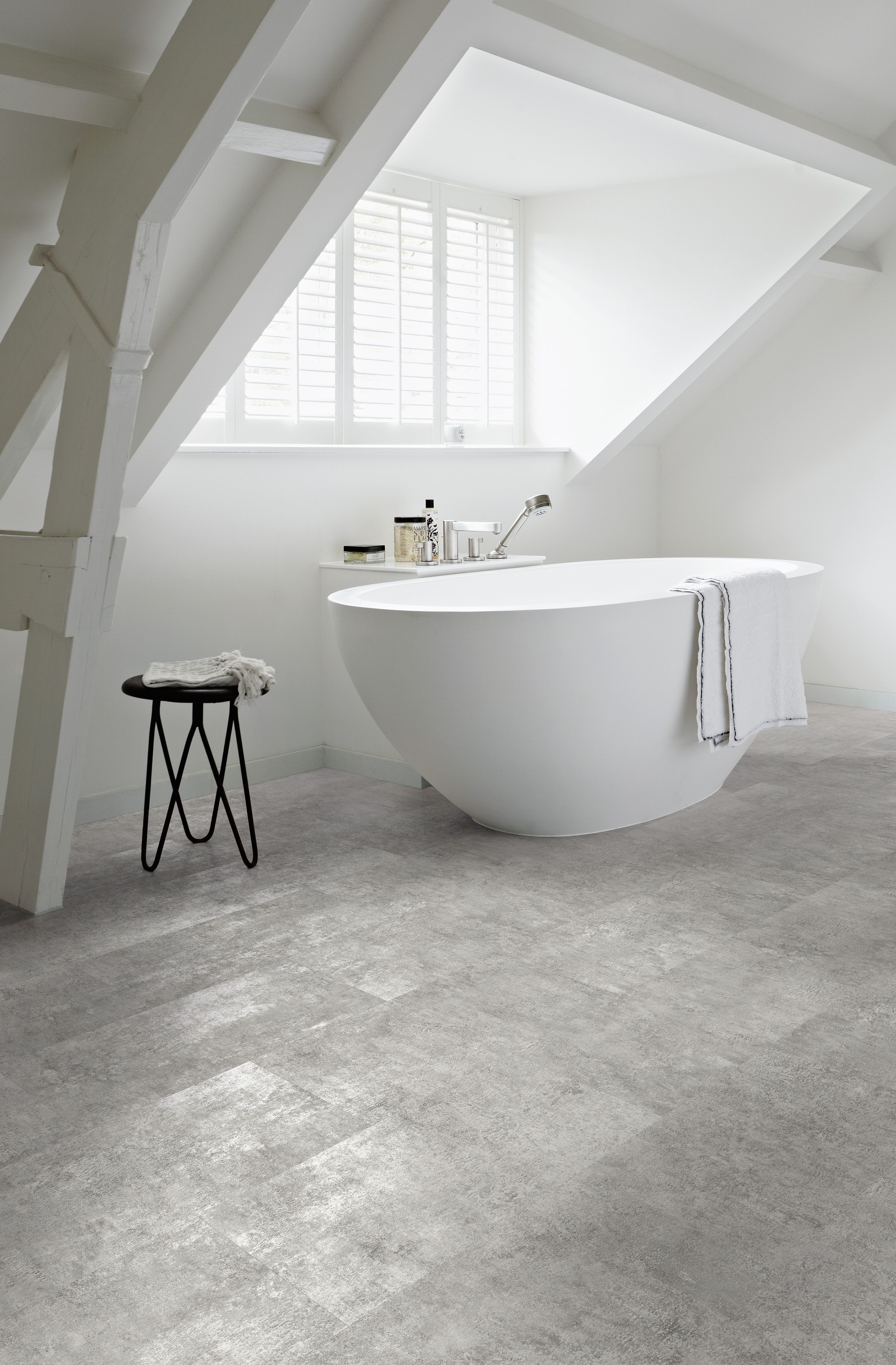 Grey flagstone bathroom with a lovely feature window camaro loc camaro loc pu a collection of high design luxury interlocking vinyl flooring tiles ideal for all home interiors dailygadgetfo Choice Image