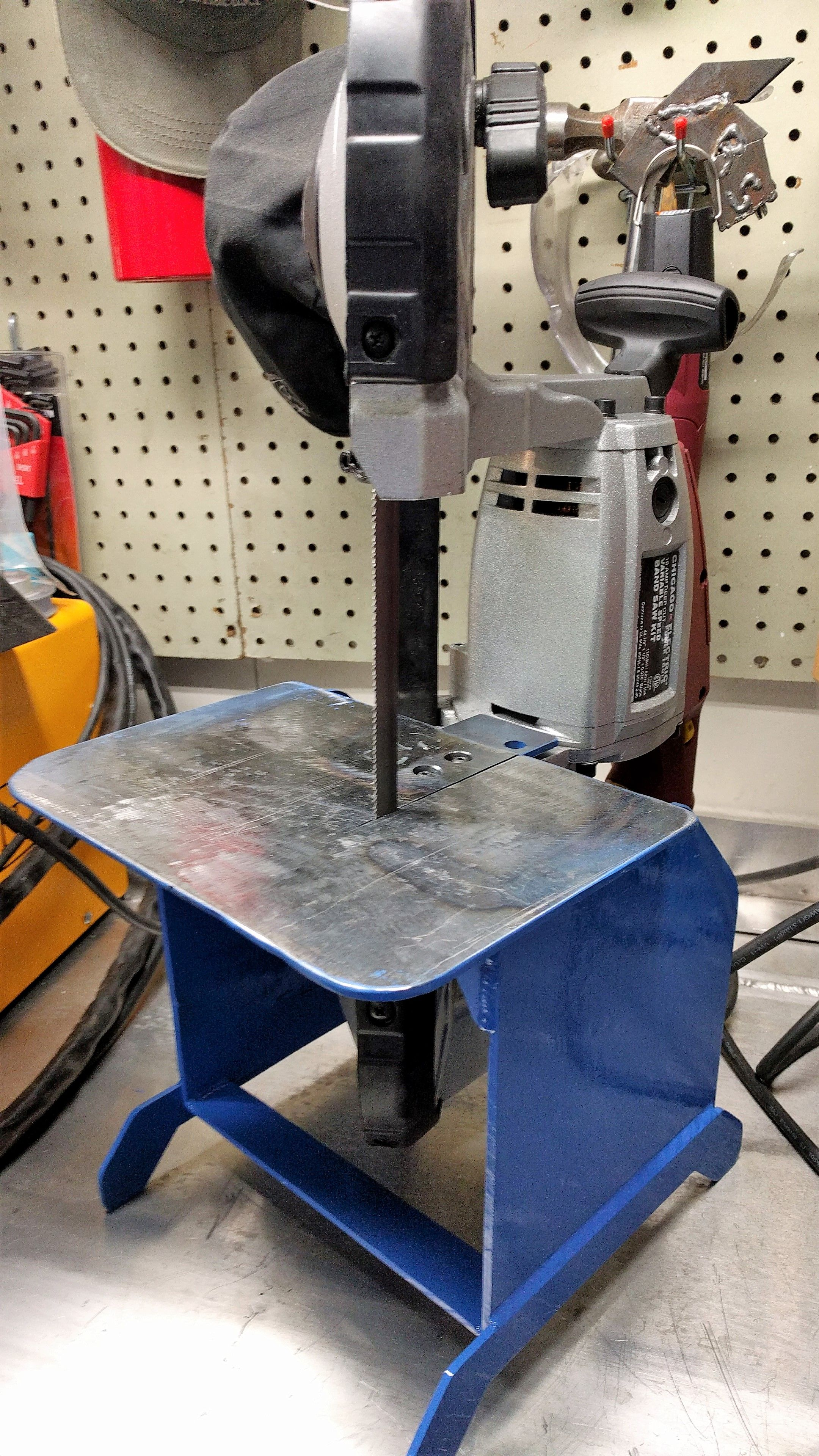 Diy Harbor Freight Portable Band Saw Stand Welding Table Welding Welding Projects