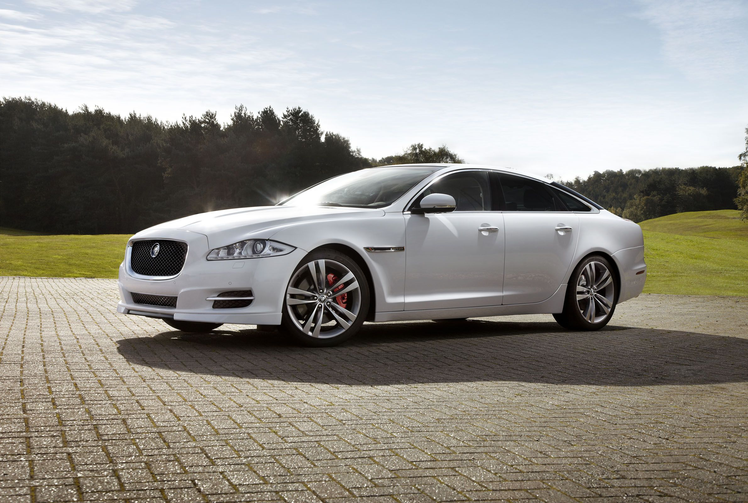 The New 2012 White Jaguar Xj Things People I Love Pinterest