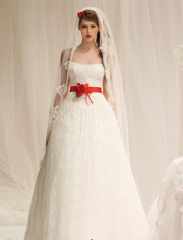 Timeless red and white wedding dresses | RED + WHITE wedding dresses ...