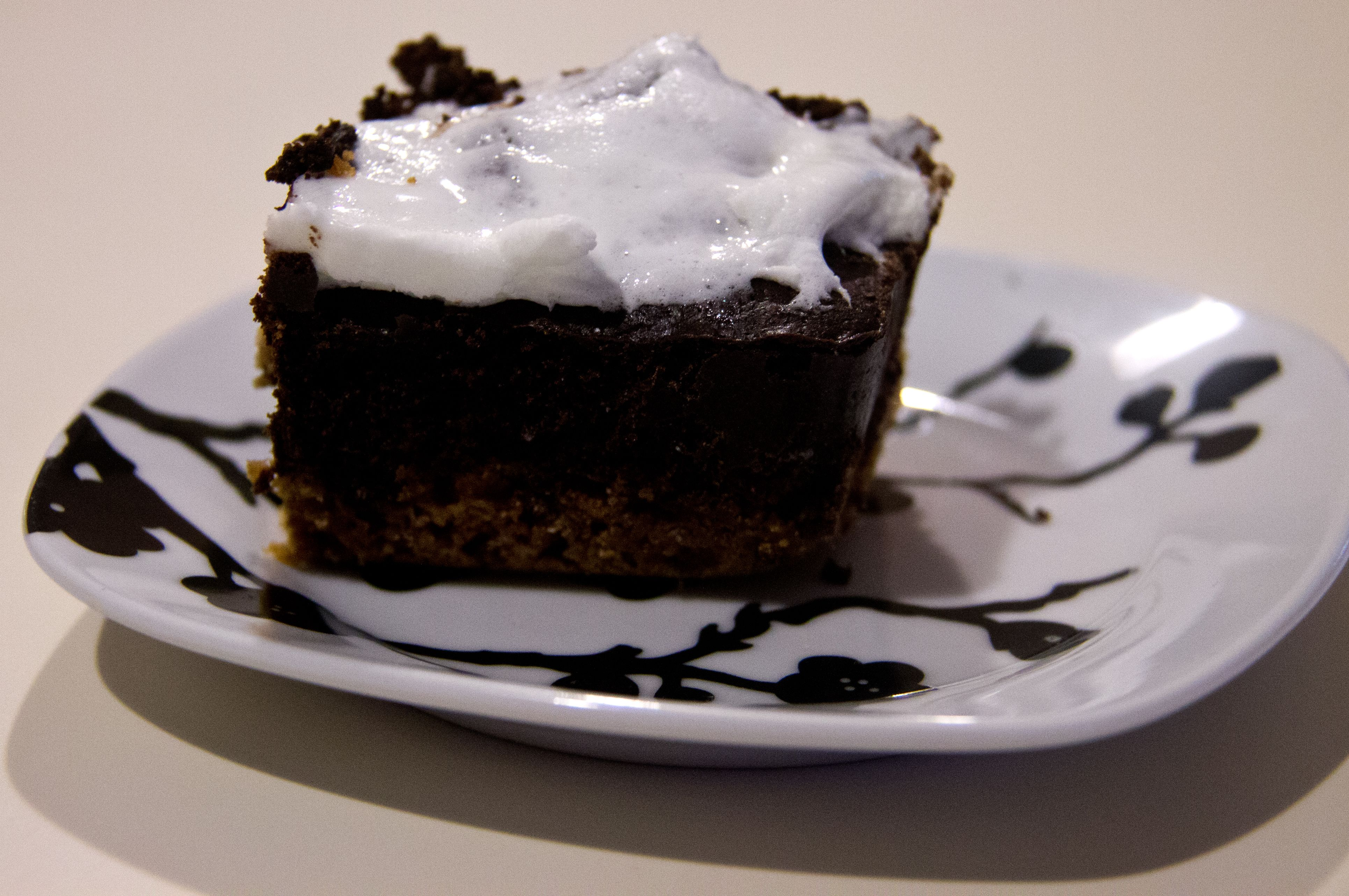 S'mores Brownies! A brownie made with a graham cracker