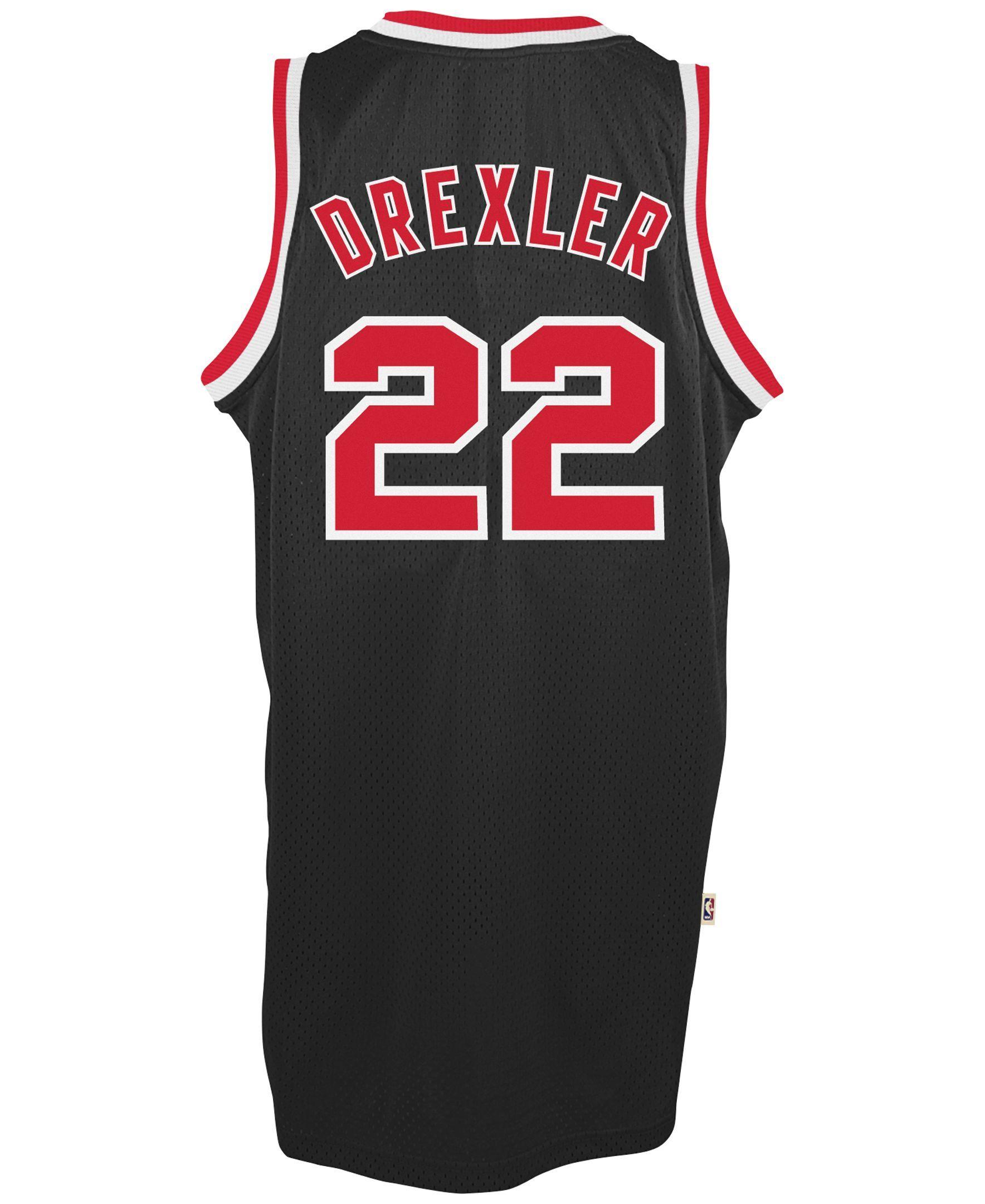 409c5f5a746 adidas Men s Clyde Drexler Portland Trail Blazers Swingman Jersey ...