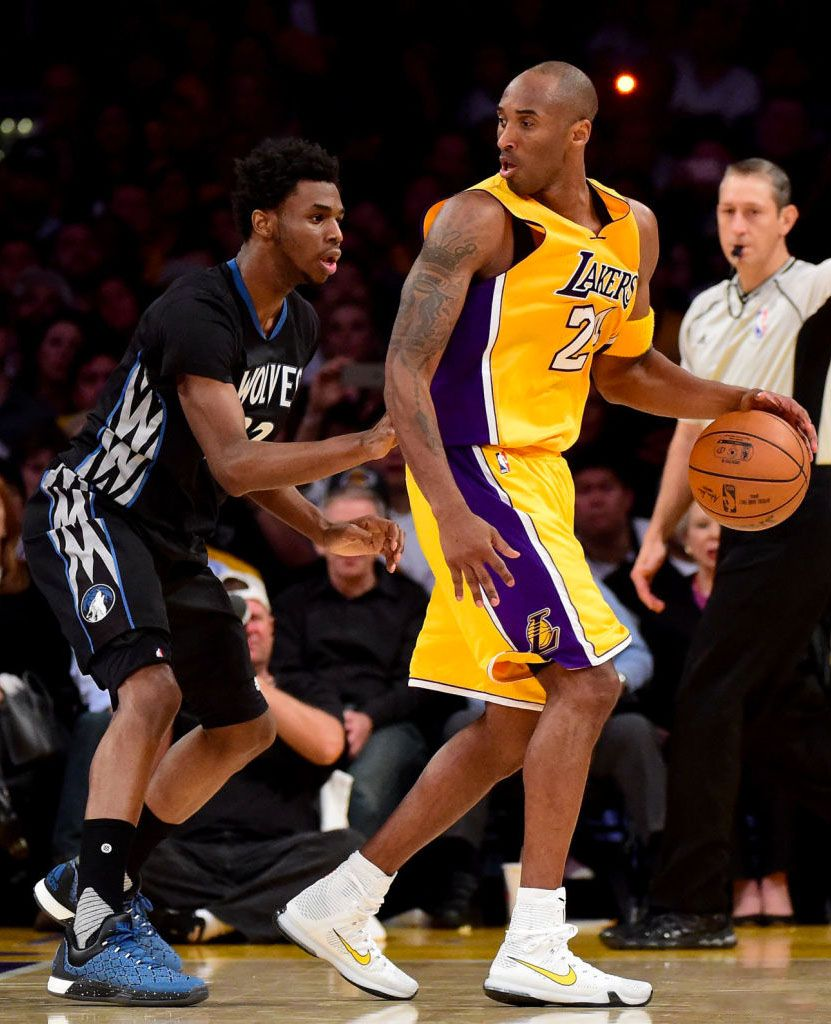 8e7b643b91e8 SoleWatch  Kobe Bryant Had Two Pairs of Nikes for Opening Night ...