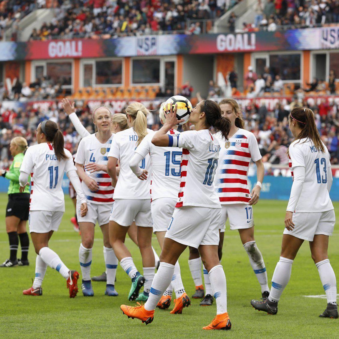 Why You Need To Follow The Us Women S Soccer Team Beginning Immediately Usa Soccer Women Women S Soccer Womens Soccer