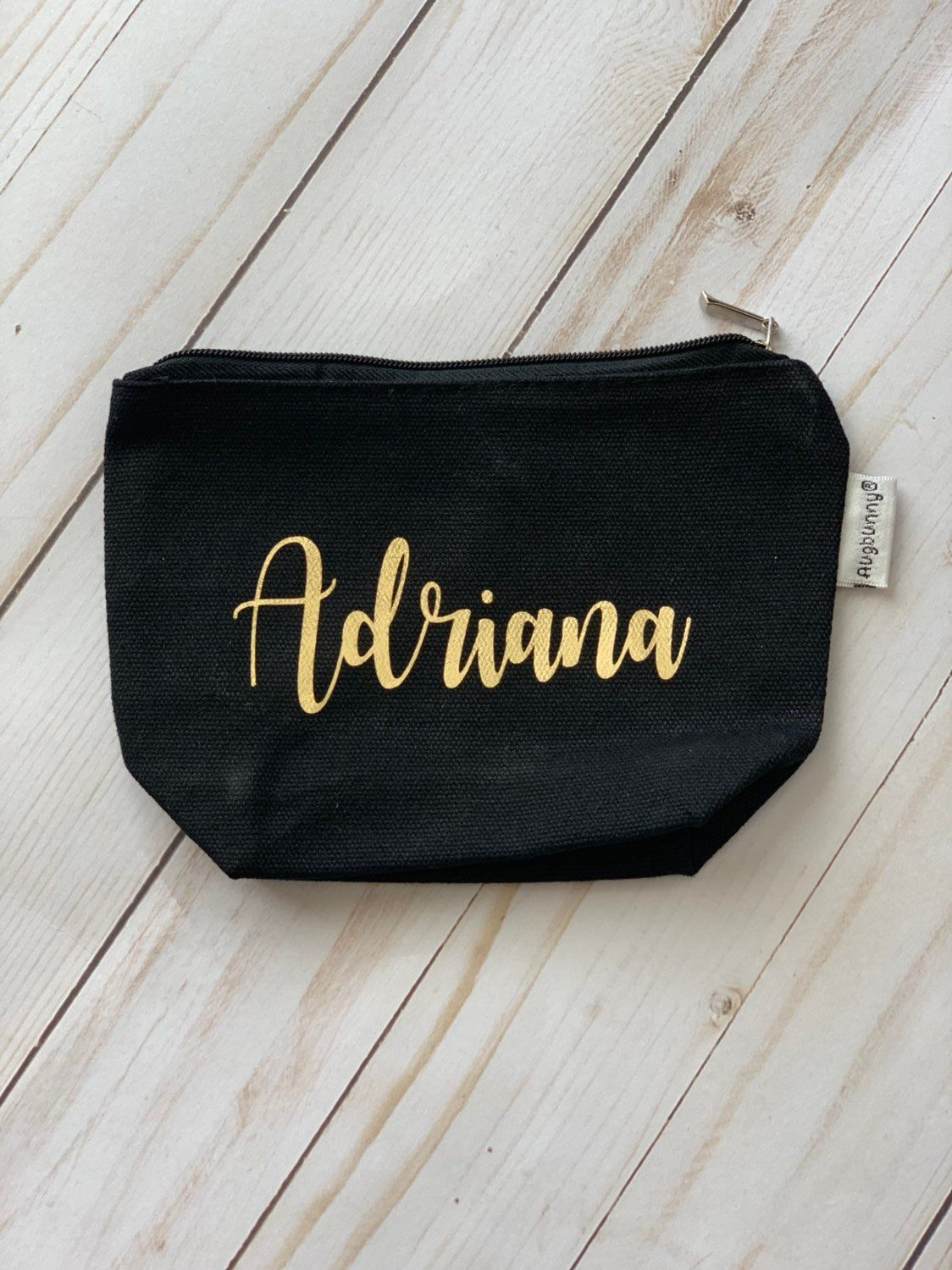 Personalized Makeup Pouch Makeup Bag With Names Etsy Personalized Cosmetic Bags Cosmetic Bag Gift Makeup Pouch