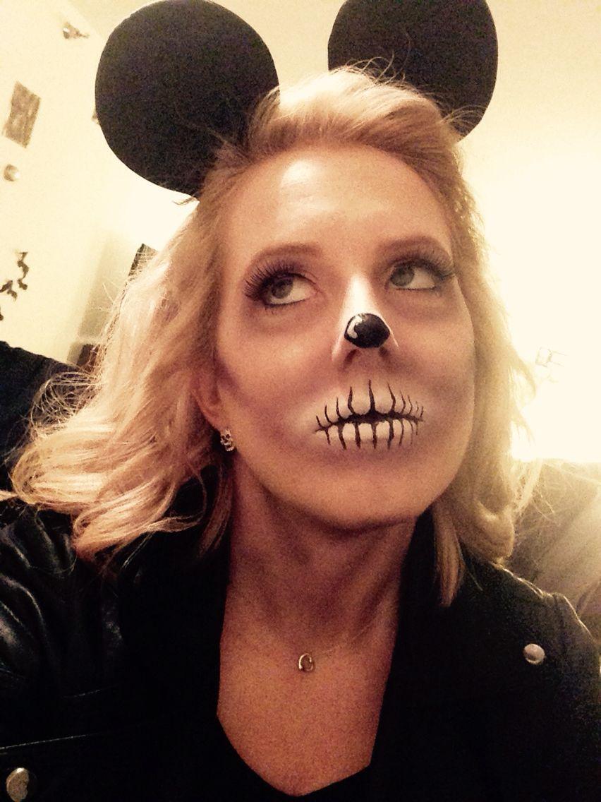 Zombie Minnie Mouse halloween makeup. Disney | Fall