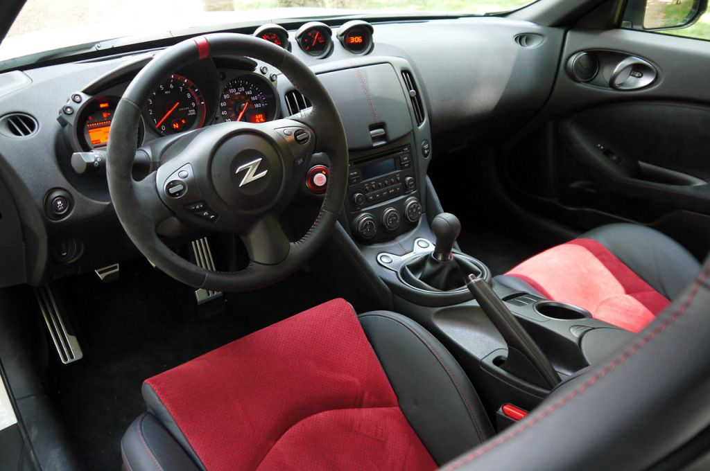 Nissan 370z Nismo Interior Center Car Photo Pinterest Nissan