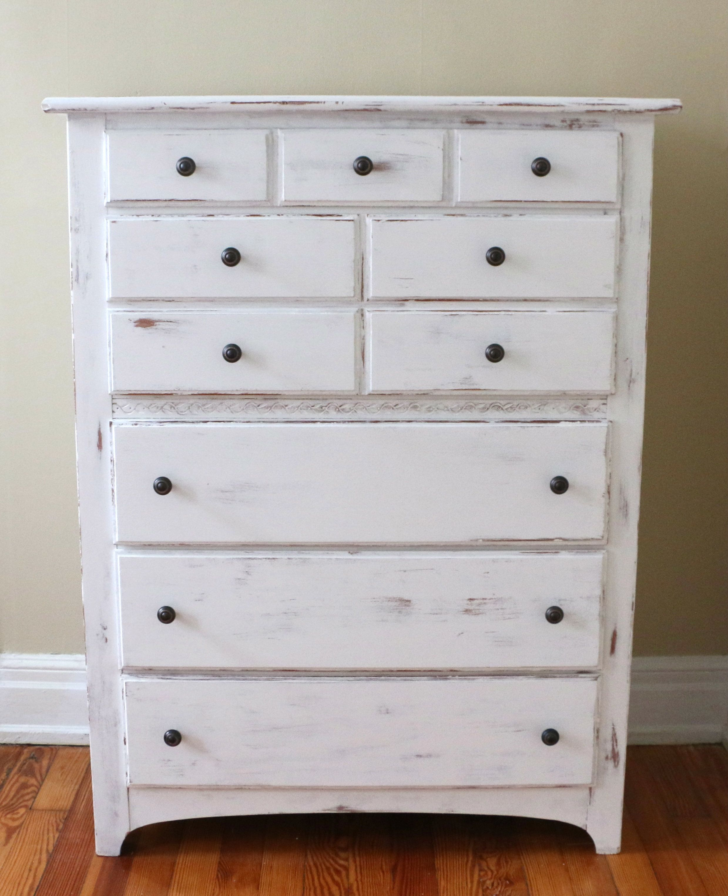 Before & After: An Outdated Garage Sale Dresser Gets a Shabby Chic ...