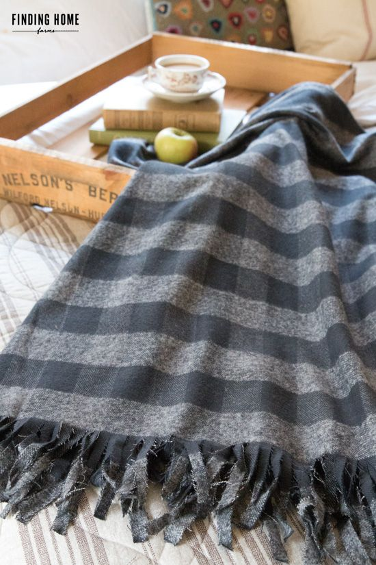 bfaaeb7ed5 10 Minute Decorating - No-Sew Plaid Flannel Blanket - Finding Home Farms