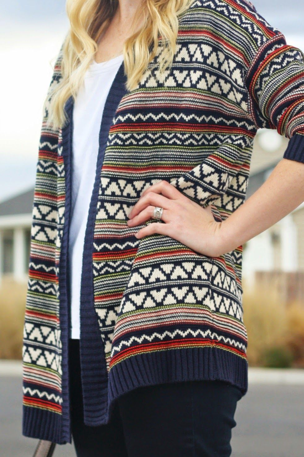 Cozy oversized sweater @shopwhiteplum | PLG Outfits (The Pretty ...