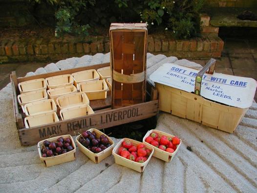 Bushel boxes and fruit