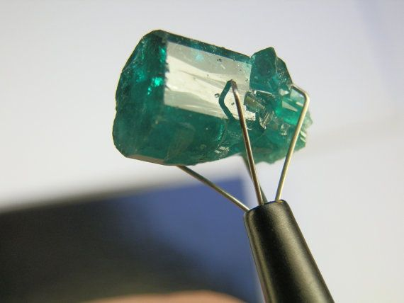 Vintage Chatham Lab Grown Deep Green Emerald Crystal 11 10