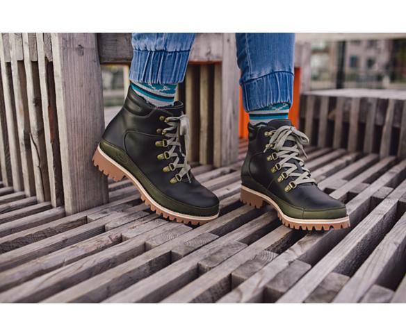 Womens waterproof boots