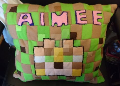 Finished Front! Minecraft cushion by SewManyTeddies