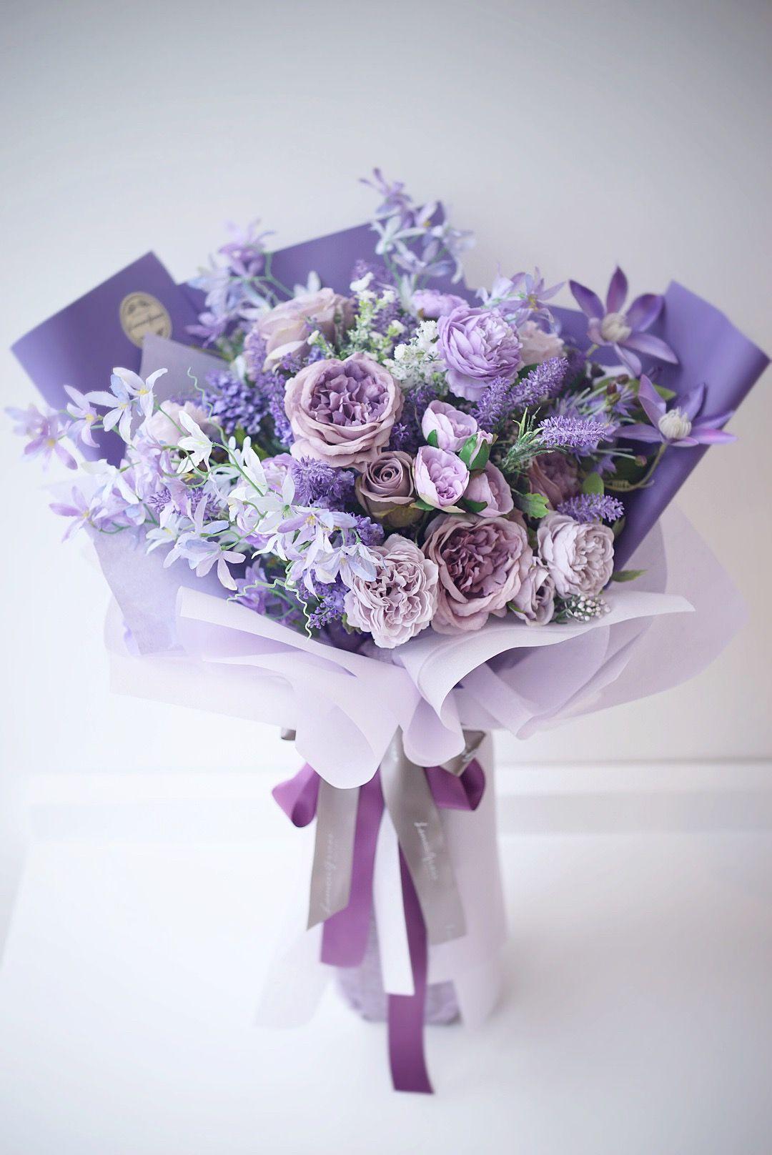 Pin Oleh Amy R Miller Di Silk Flower Gift Bouquet Mawar Ungu Bunga Ungu Toko Bunga