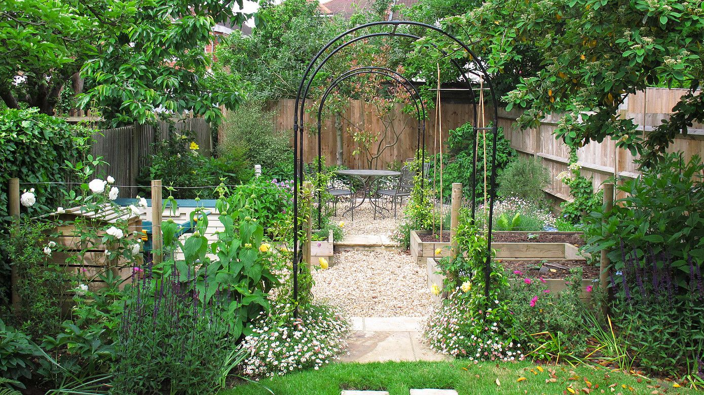 About us, latest projects and latest news, North London Garden Designer, Barnet Garden Designer