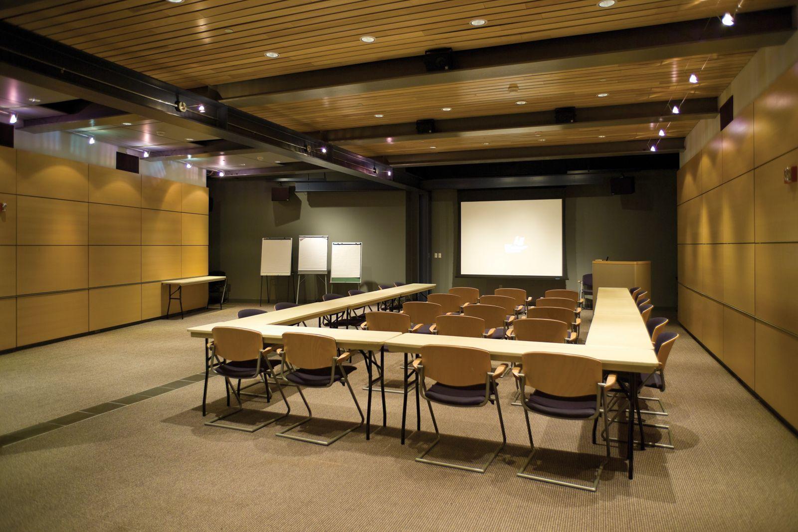 Seminar Room Rakow Library Corning Museum Of Glass Executive Office Design Coworking Design Meeting Room