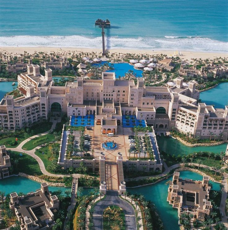 Fame Dubai Home Famedubai Magazine Your Daily Dose Of Lifestyle Shopping Trends In Uae Dubai Hotel Dubai Travel Holiday Travel Destinations