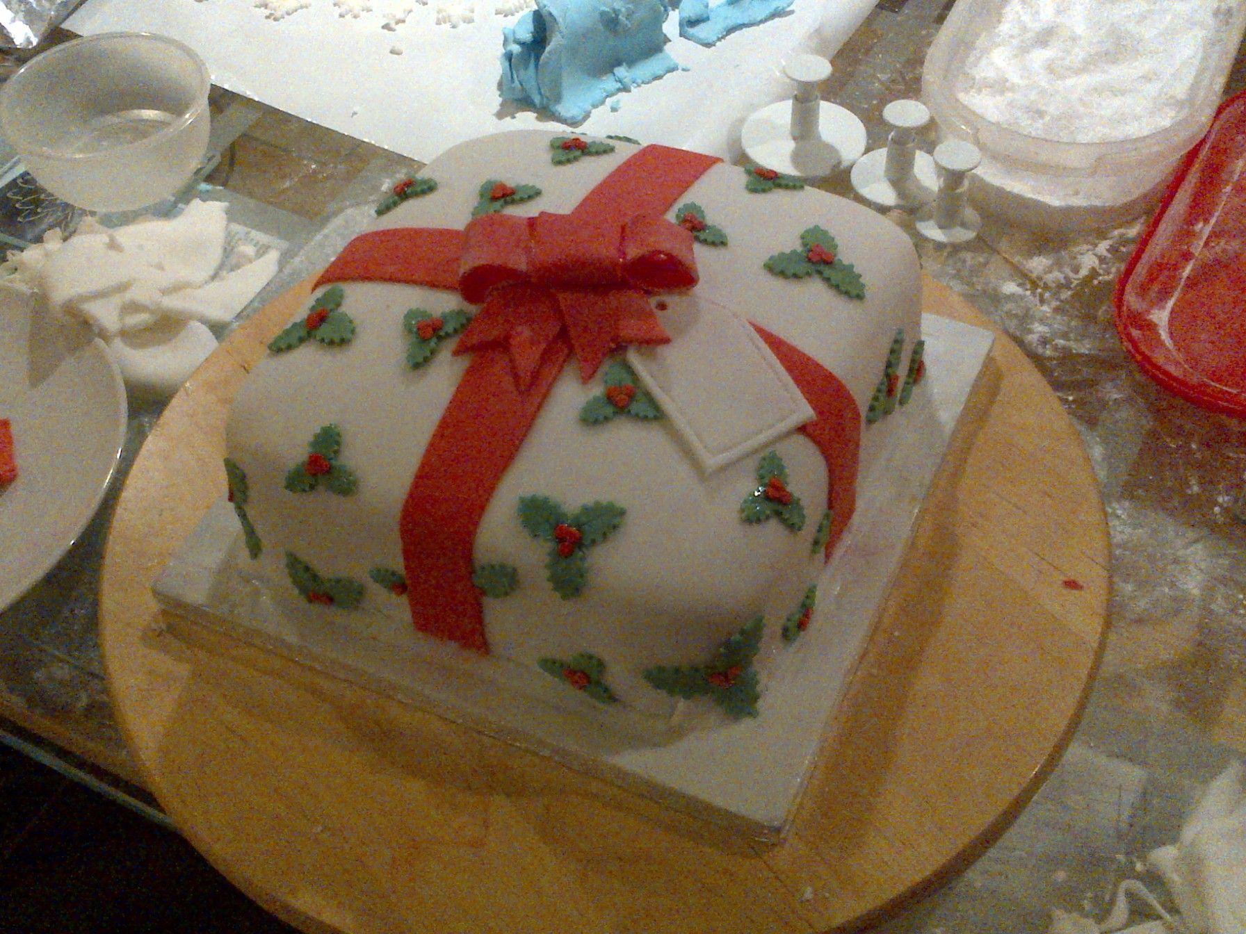 Beautiful Christmas Present Cake 1792 x 1344 · 599 kB · jpeg