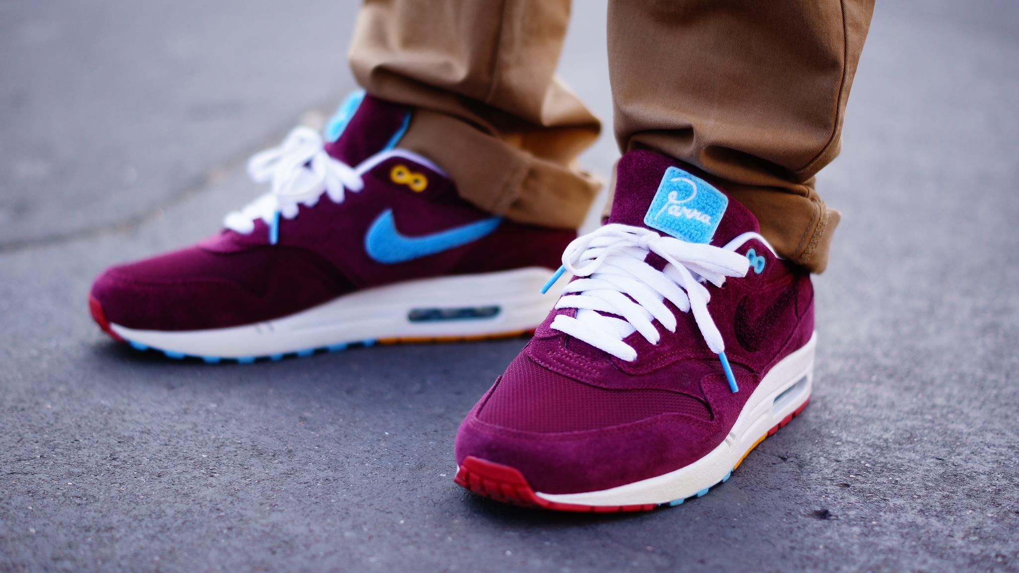 6f7850034a0427  Nike x  Parra x  Patta  AirMax1 This super limited  AM1 is a collaboration  between Parra