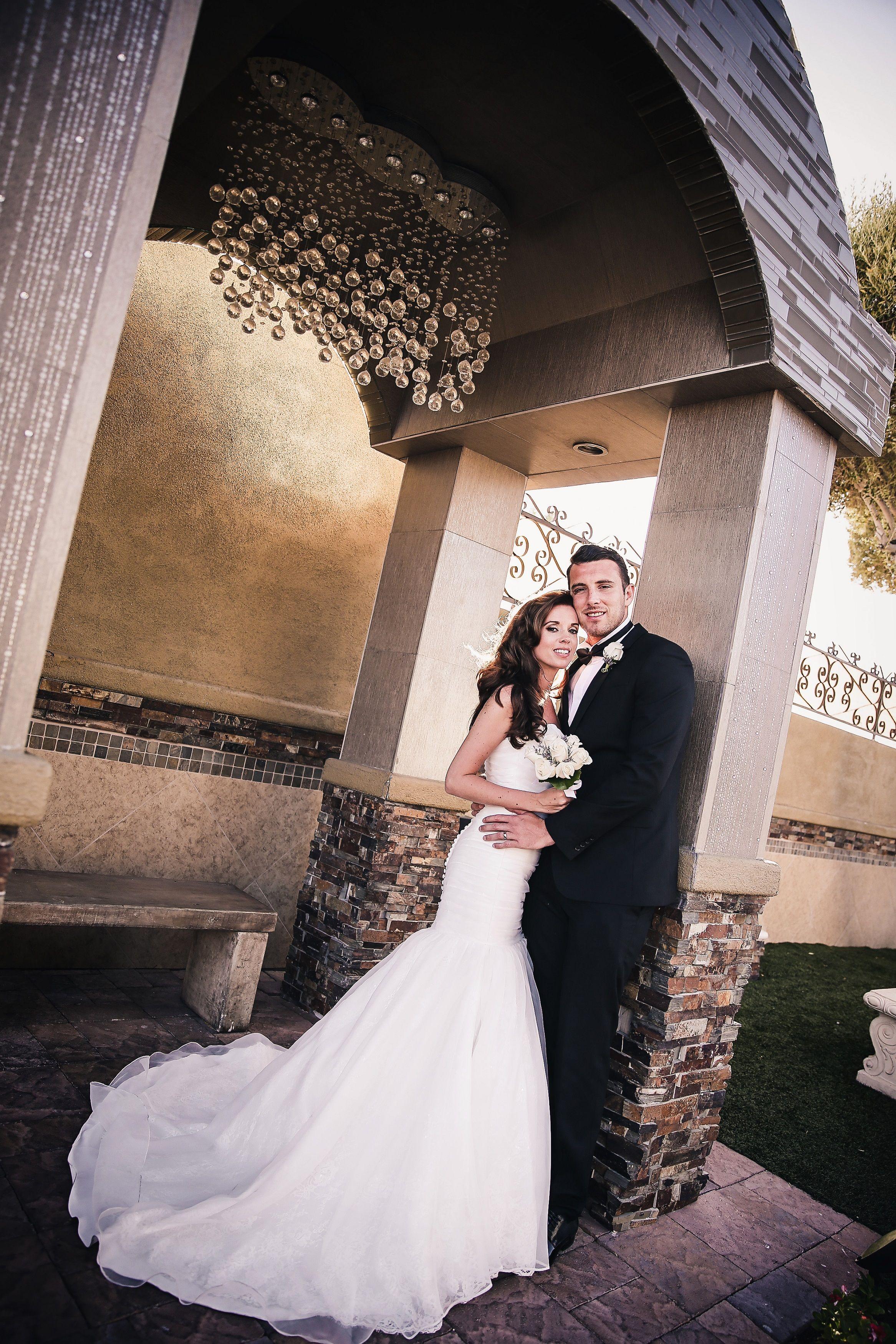 Las Vegas Weddings Wedding In Vegas Chapel Of The Flowers Las Vegas Wedding Ceremony Las Vegas Wedding Chapel Vegas Wedding Chapel