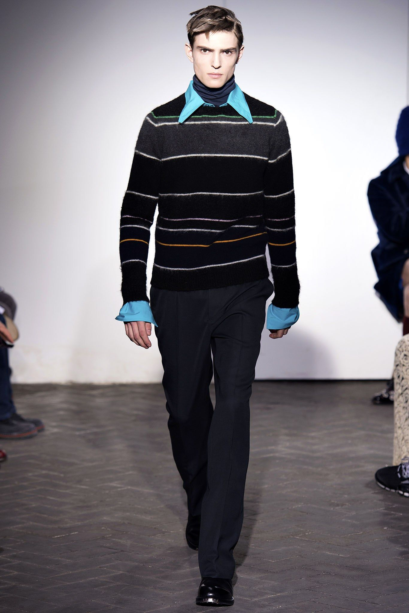 Raf Simons Fall 2013 Menswear Collection Photos - Vogue