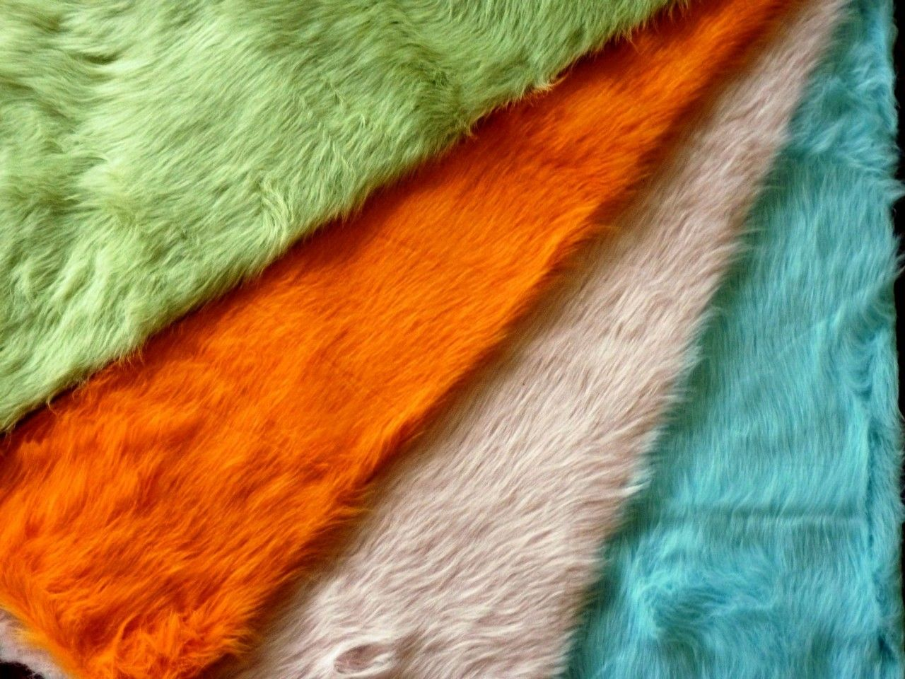 Hollywood Love Rugs Faux Fox Fur Accent Rug Pastel Orange 39 00 Http