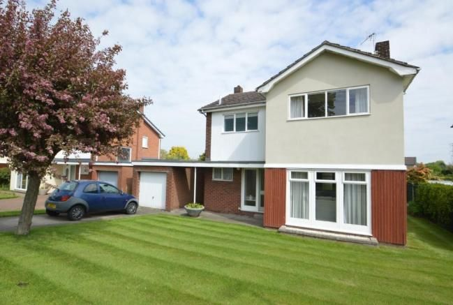 3 Bed Detached Offers Over 400k Property For Sale Outdoor