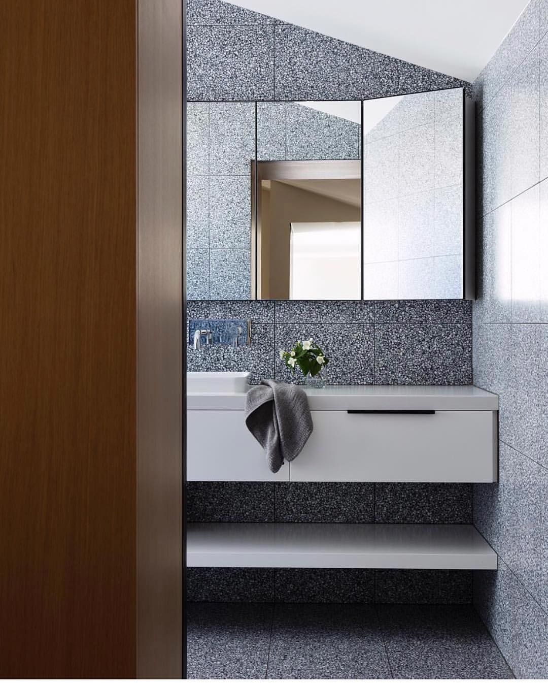 Port Melbourne Project / Pandolfini Architects