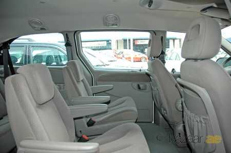 chrysler grand voyager se chrysler chrysler voyager chrysler 2017 cars. Black Bedroom Furniture Sets. Home Design Ideas