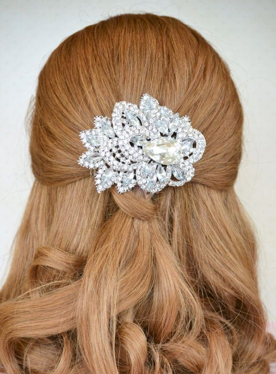 Bridal Hair Accessories ~ Rhinestone Hair Comb ~ Bridal Hair Comb Crystal Hair comb ~ Hair Jewelry Comb ~ Bridal Head Piece ~ Bridal Hair Piece ~ A true statement piece, this large jewelry hair comb is sure to sparkle on your wedding day. Perfect for the bride seeking a glamorous and sophisticated look. Click for more information!