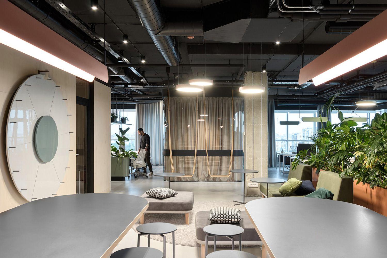 Catena Media Office In Belgrade Serbia By Studio Autori Architecture Office Medical Office Design Modern Office Design