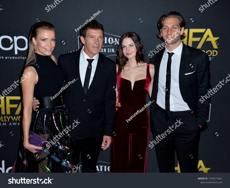 Los Angeles Usa November 04 2019 Antonio Banderas Nicole Kimpel Stella Banderas Eli Meyer At The 23rd Annual Ho In 2020 Los Angeles Usa Los Angeles Film Awards