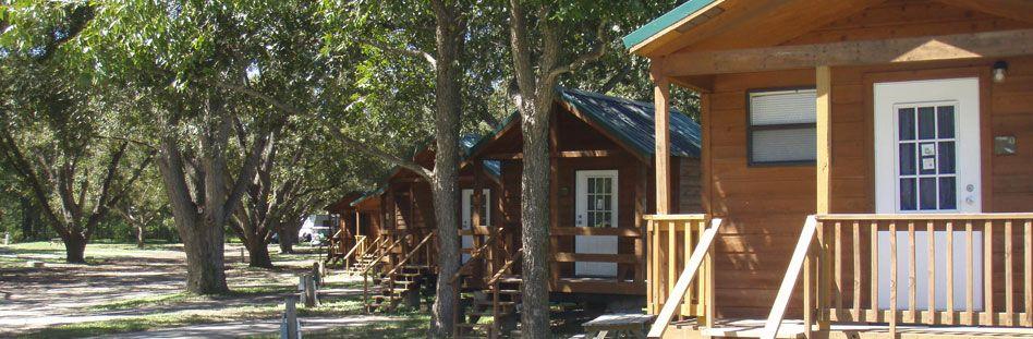 Fentress Texas Cabin Rentals River Front Cabin Rentals Outdoor Vacation Cabin Rentals In Texas Cabins In Texas