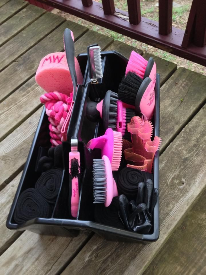 Stable Kit Gel Handle Mane And Tail Brush One Size Pink