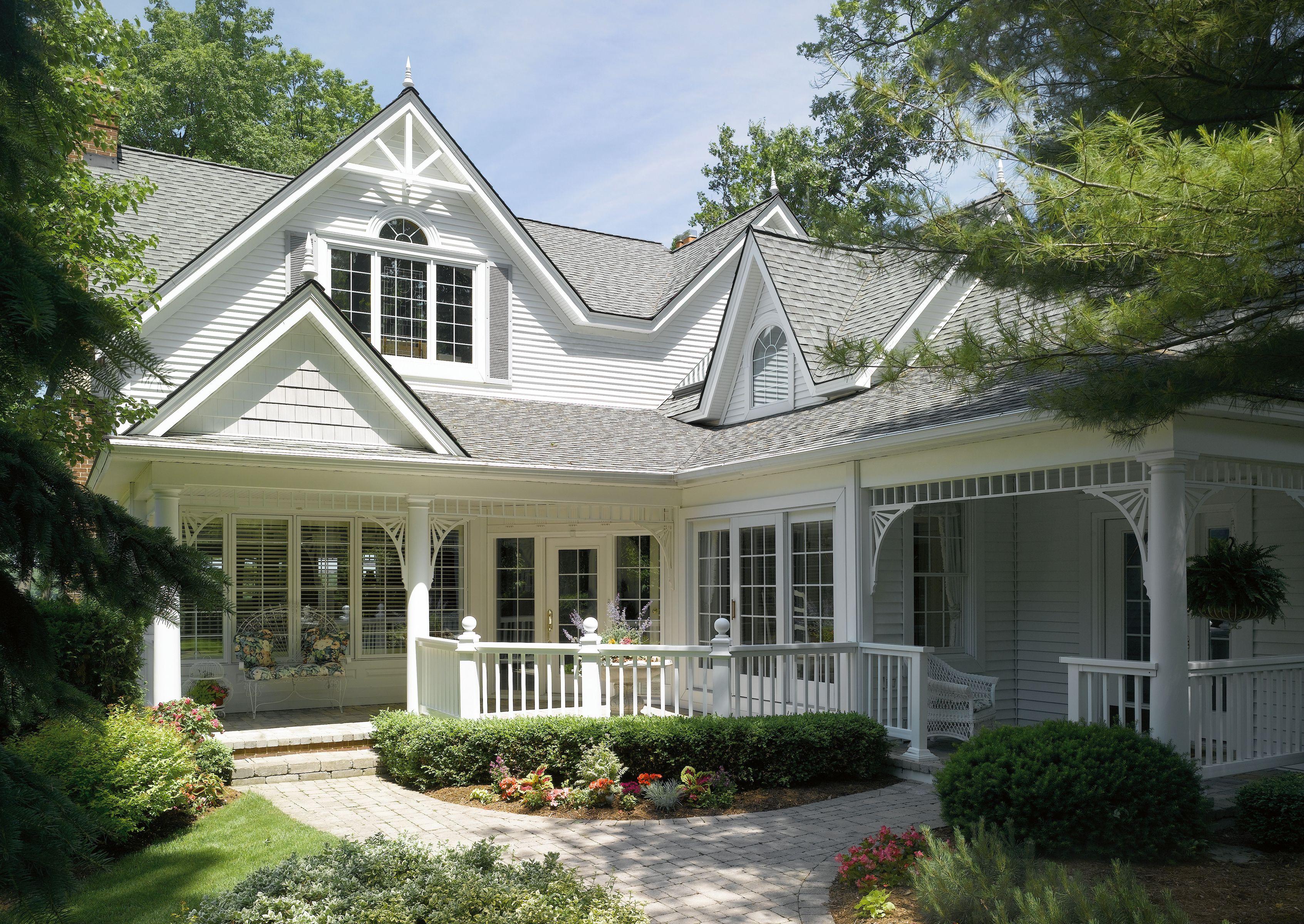 Certainteed Siding Monogram Colonial White White Siding House Exterior Certainteed Siding