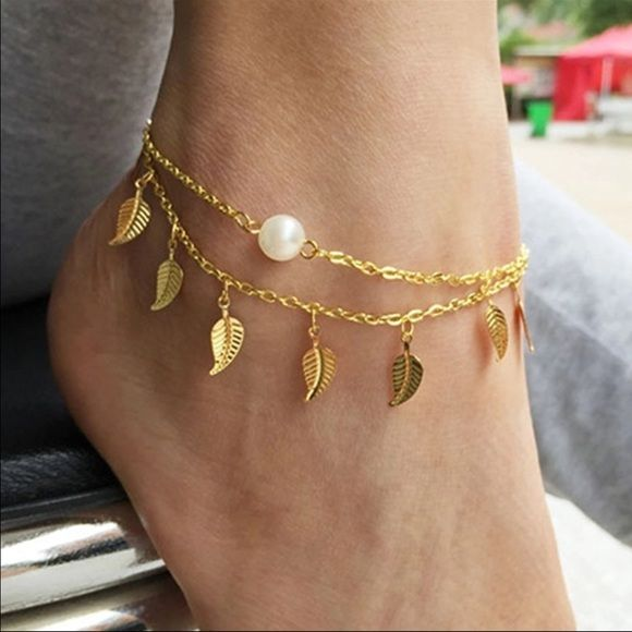 1b6216508 Leaf Anklet✨3 available✨ Gold toned zinc alloy anklets. Approximately 8.27