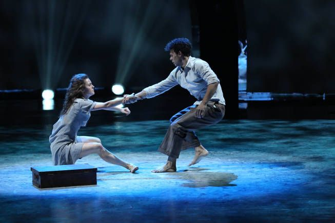 """All-star dancer Kathryn McCormick and top 6 contestant Chehon Wespi-Tschopp perform a Contemporary routine to """"Eli, Eli"""" choreographed by Tyce Diorio on SO YOU THINK YOU CAN DANCE."""