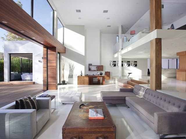 Modern Beverly Hills House: Wood, Glass And Stone
