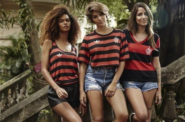 967d7c359335e Flamengo ganha linha casual de roupas femininas com