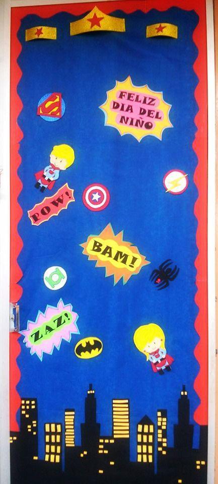 puerta decorada de superheroes d a del ni o mes de abril