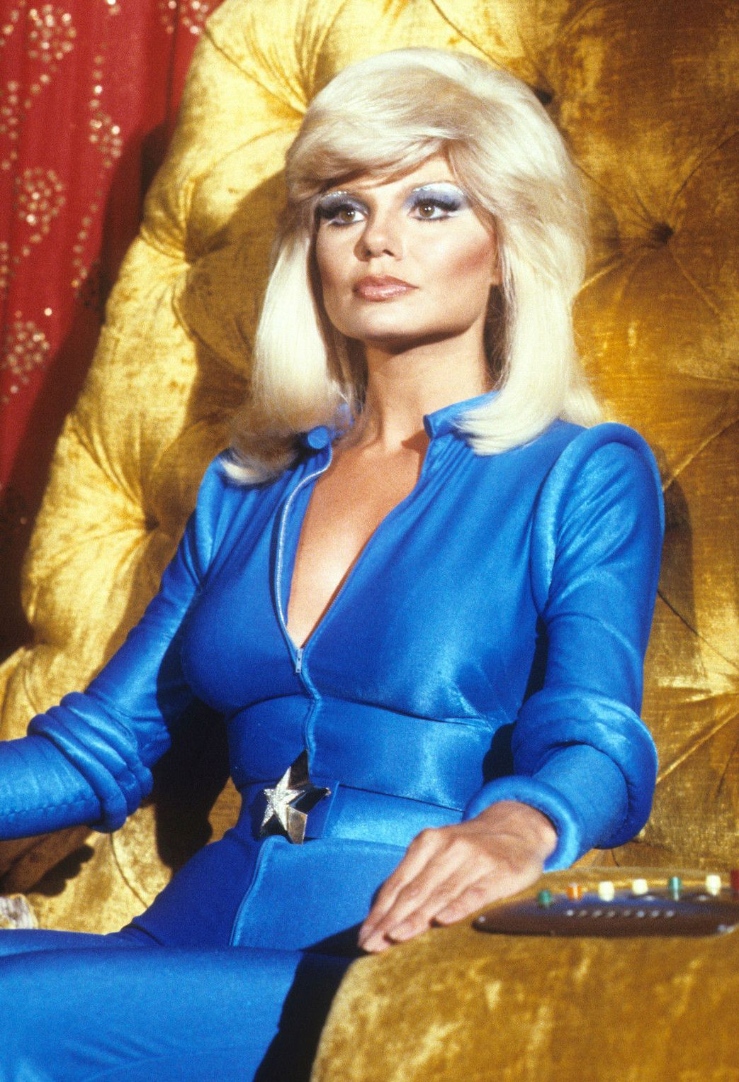 vintageruminance:Loni Anderson | Life in the 1970s | Pinterest | Celebs, Actresses and Movie stars